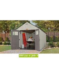 vue intérieure de l'Abri jardin résine Suncast Woodgrain en polyéthylène de 12,66 m2. Abri de jardin resine vendu avec plancher