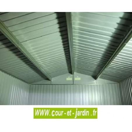 vue intérieure de l'abri métallique TITAN 8x8 Duramax (ext. toit 261x242) - Abri a moto.