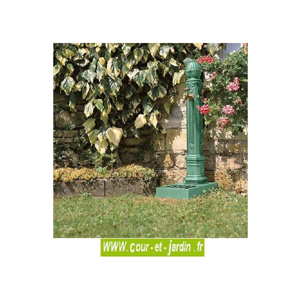 Fontaine Griffon avec vasque -FONTAINES DE JARDIN - Cour et ...