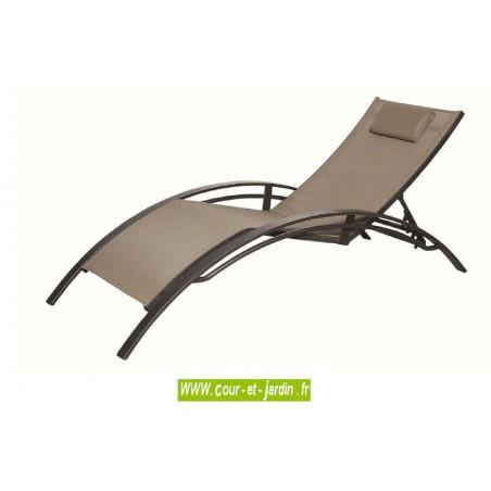bain de soleil saxo taupe transat empilable. Black Bedroom Furniture Sets. Home Design Ideas