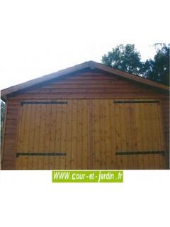 Garage voiture en bois de 18m², Série 2000 des abris en bois, de Cihb  - hauteur 2m40  - garage pas cher