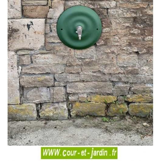 """Fontaine fonte jardin """"Quino"""", coloris vert 2500. Fontaine en fonte de la fonderie : Les fontes d'art de Dommartin"""