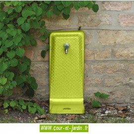 Fontaine murale de jardin coloris vert anis. Fontaine d'exterieur Venga