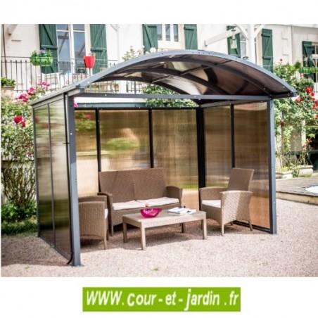 Cet abri en aluminium ou abri pour vélo peut aussi servir de tonnelle de jardin