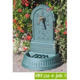 Fontaine Floraison en fonte, à robinet Colvert - Fontaine d'extérieur coloris vert antique