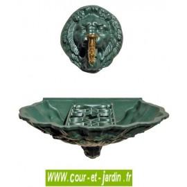 """Fontaine murale """"Coquille au Lion"""" avec robinet Colvert, coloris vert anglais"""