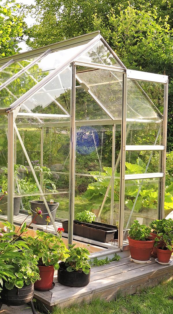equipement jardin rangement abris tout pour le jardin